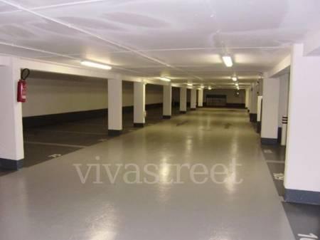 Location parking souterrain issy les moulineaux 92130 for Garage issy les moulineaux