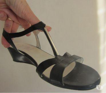 Photos Vivastreet Nu-pieds noirs cuir
