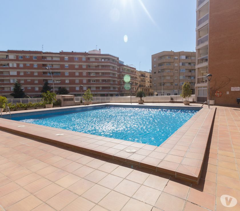 Photos Vivastreet BEL APPARTEMENT EN RESIDENCE * PLAGE DE CAMBRILS