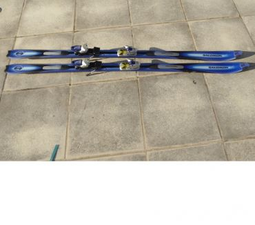 Photos Vivastreet Ski Salomon Prolink L 187 cm avec housse