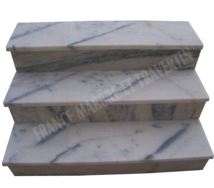 marbre blanc marche escalier et contre marche st romans 38160 mat riel pas cher d 39 occasion. Black Bedroom Furniture Sets. Home Design Ideas
