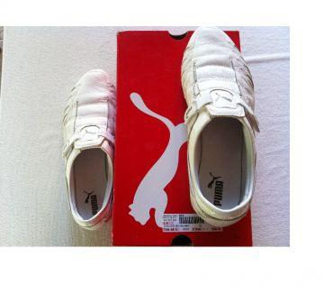Photos Vivastreet Chaussures de sport marque PUMA t 39 en CUIR,