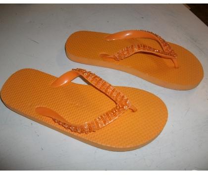 Photos Vivastreet Tongs Orange perlé pointure 36-neufs- à 3 €