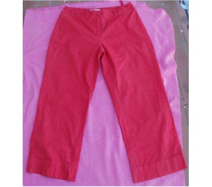 Photos Vivastreet Pantalon, pantacourt KOOKAI Taille 36 rouge
