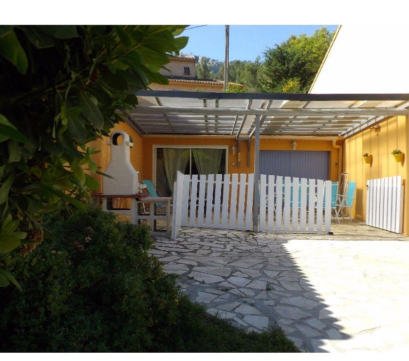 Appartement meublé Var Toulon - Photos Vivastreet T2 MEUBLE RDC TERRASSE TOULON PINEDE PARKING
