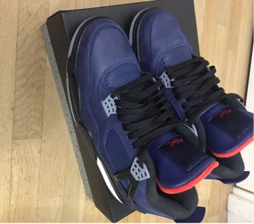 Photos Vivastreet Air jordan 4 wntr loyal blue