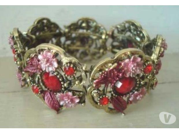 Photos Vivastreet Bracelet fantaisie metal doré perles rouge