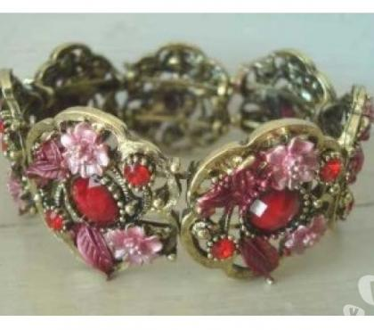 Photos Vivastreet Bracelet fantaisie metal doré perles rouge