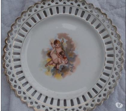 Photos Vivastreet ASSIETTE porcelaine ajourée, décor angelots