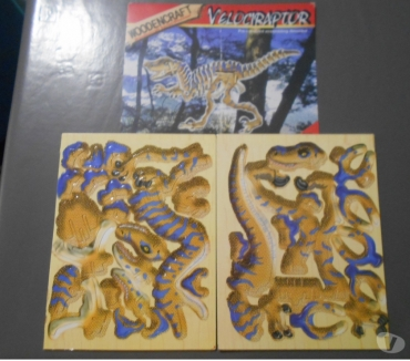 Photos Vivastreet Puzzle 3D vélociraptor bois