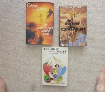 Photos Vivastreet 3 romans très divers