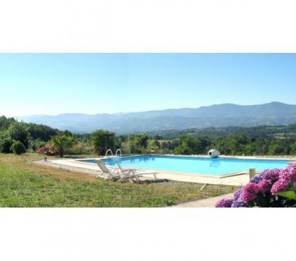 Photos Vivastreet Location grande villa en Ariège-Pyrénées 18 pers. - piscine