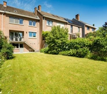 Photos Vivastreet Grande maison de 211m² utiles, quartier Petit-Ry