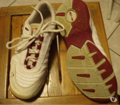 Photos Vivastreet BASKETS WILSON & chaussures BASKETS CUIR INESIS P 37