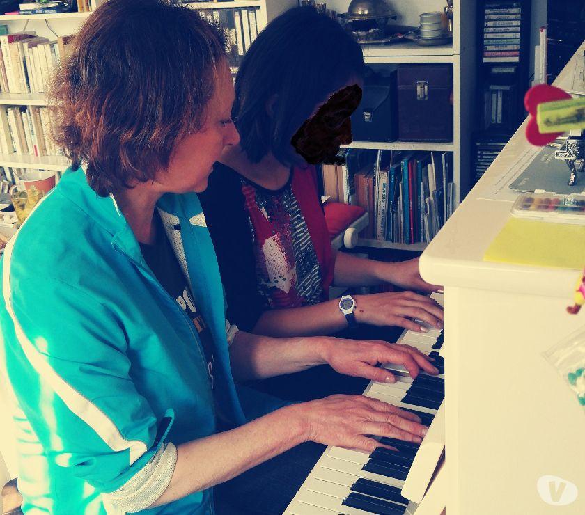 Photos Vivastreet Viola Tchernookov Professeur agréée ESA donne cours de piano