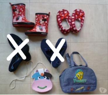 Photos Vivastreet bottes, chaussons, sacs - 23 et 36 - zoe