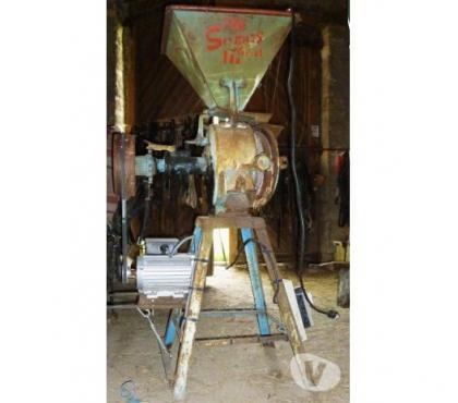 Photos Vivastreet Moulin à grains, meule à céréal, pour animaux