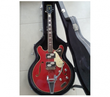 Photos Vivastreet Guitare 14 caisse EMPERADOR années 60 - Stéréo