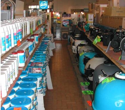 Photos Vivastreet produits piscines soldés CHLORE 2€ LE KG