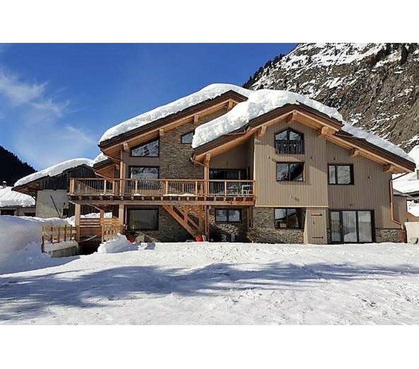 Photos Vivastreet vente chalet de prestige contemporain dans les Alpes