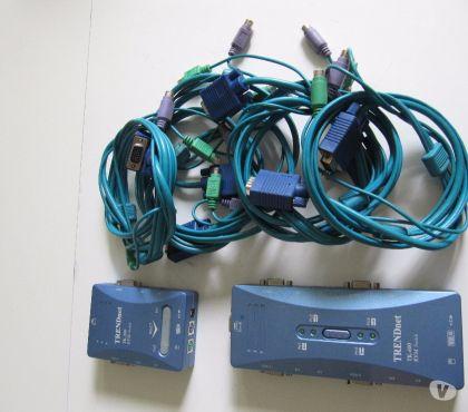 Photos Vivastreet KVM TrendNet TK200 et TK400 VGA USB PS2 + câblage