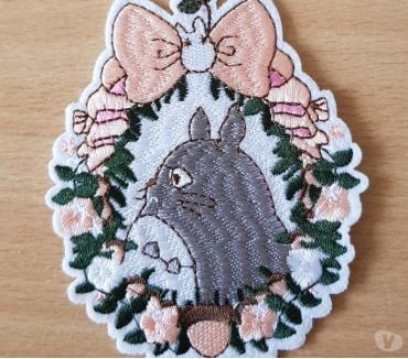 Photos Vivastreet Ecusson brodé Totoro n°2 diam. 10x8 cm