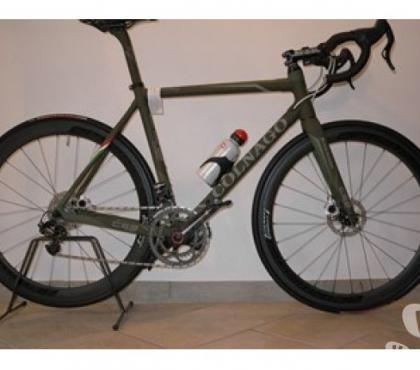Photos Vivastreet vélo colnago c59 disc campagnolo super record