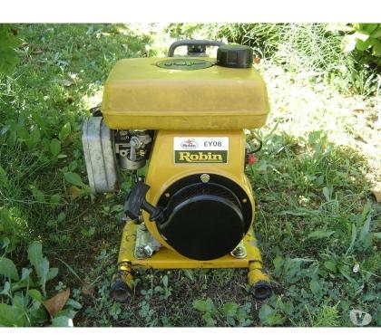 Photos Vivastreet moto pompe a eau thermique ROBIN 200lmns révisé