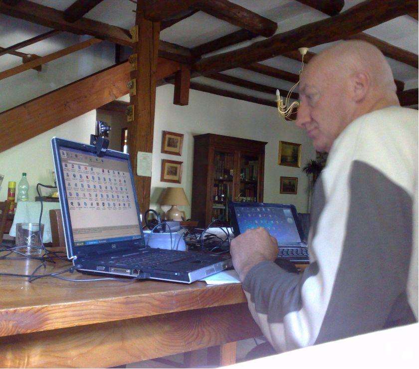 Photos Vivastreet Aide informatique Senior...