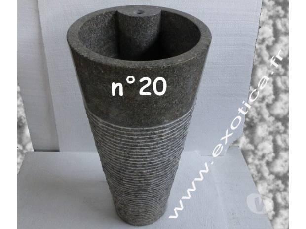 vasque colonne en marbre sur pied la roche sur yon 85000 mat riel pas cher d 39 occasion. Black Bedroom Furniture Sets. Home Design Ideas