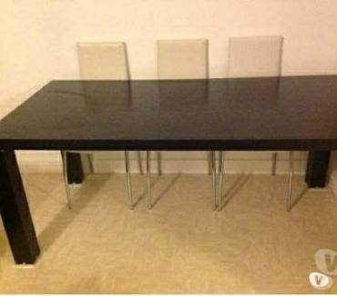Photos Vivastreet Table noir de salon bois massif 8 personnes