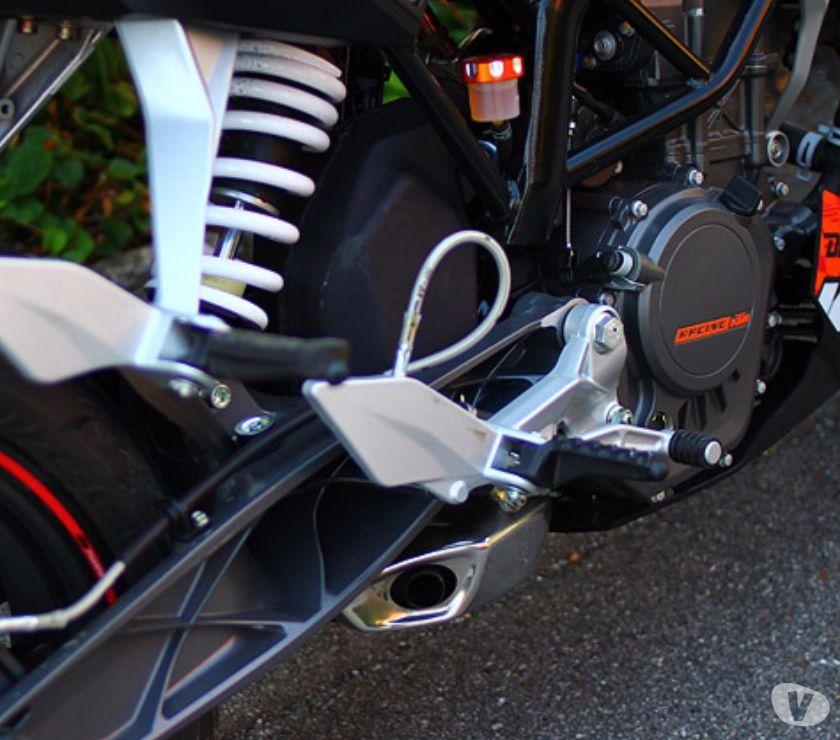 Photos Vivastreet Couvercles maitre cylindre de frein arriere pour KTM DUKE