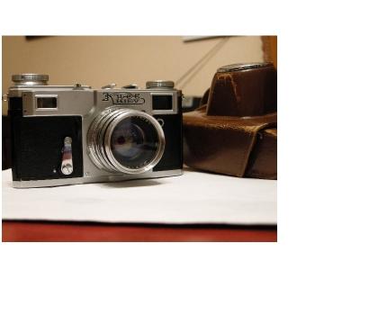 Photos Vivastreet Appareil argentique KIEV II + 250 + étui cuir.