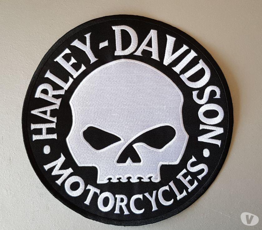 Photos Vivastreet écusson brodé xl harley davidson tête de mort diam 24 cm