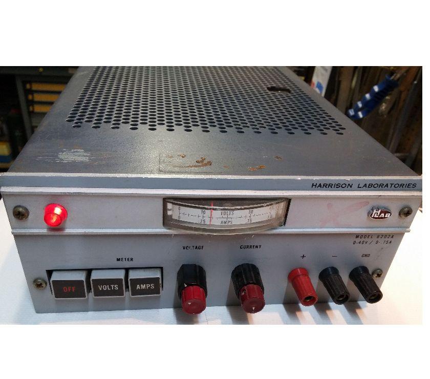 Photos Vivastreet Alimentation 0-40V Harrison Laboratories 6202A Power Supply