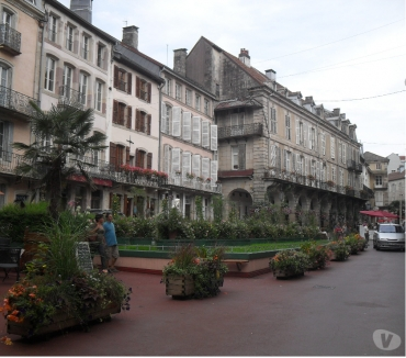 Photos Vivastreet REZ de CHAUSSEE - Plein centre-CURE-Vacances-WE-