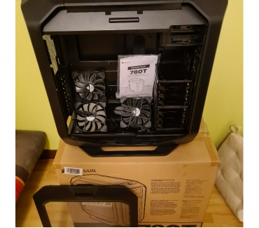 Photos Vivastreet Boitier CORSAIR ATX Graphite Series 780T