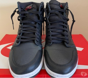 Photos Vivastreet Baskets homme Nike Air Jordan 1