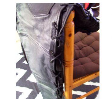 Photos Vivastreet Pantalon de moto en cuir pour femme