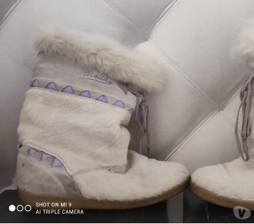 Photos Vivastreet Mini bottes hiver femme