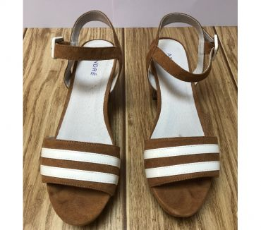 Photos Vivastreet Chaussures ANDRÉ (taille 40)
