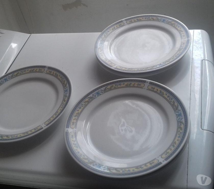 Ameublement & art de la table Somme Abbeville - 80100 - Photos Vivastreet Lot de ,6 assiette