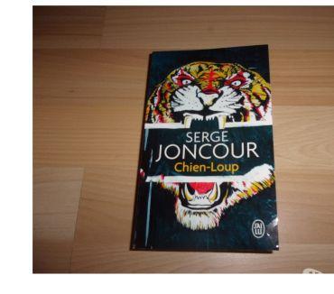 Photos Vivastreet Livre de poche Chien-Loup de Serge Joncour (Neuf)