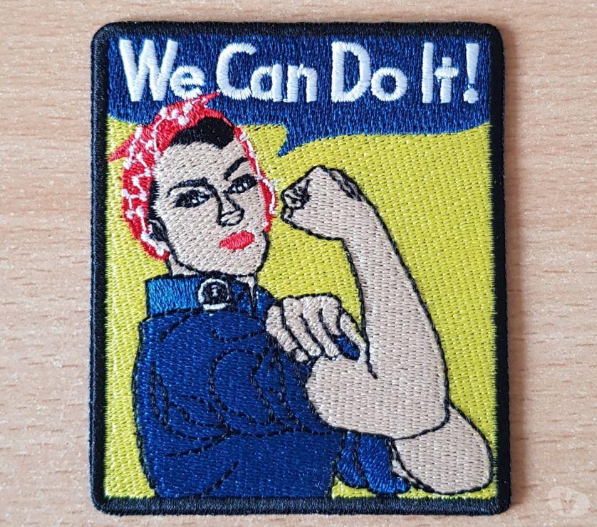 Collection Hérault Carnon - 34280 - Photos Vivastreet écusson brodé femme bras d'honneur bandana bleu de travail