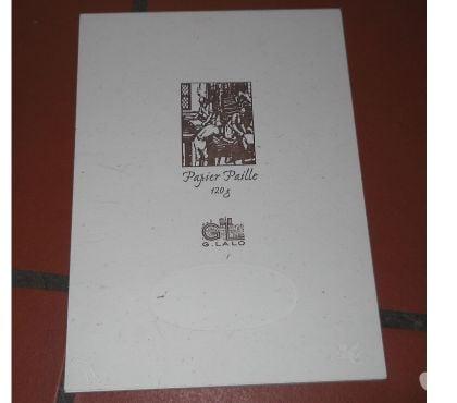 Photos Vivastreet Loisirs créatifs - Scrapbooking - Papier Paille
