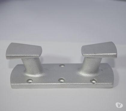 Photos Vivastreet Bitte d'amarrage Aluminium 150mm Ref M00111146