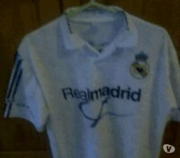 Photos Vivastreet maillot foot bresil + real madrid +casquette