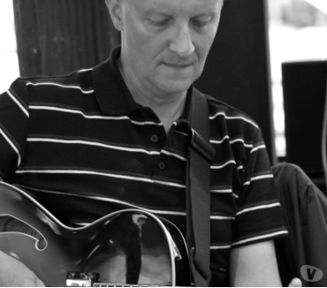 Photos Vivastreet cours de guitare jazz 30€ 75014