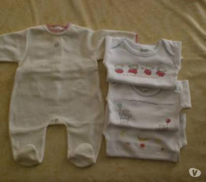 Photos Vivastreet Pyjama et bodies T 3 mois