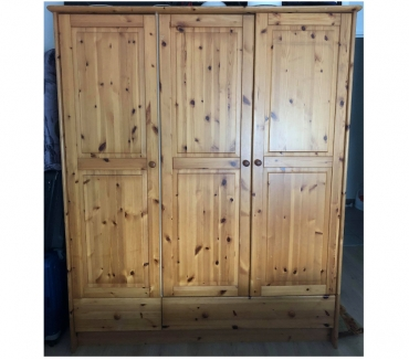 Photos Vivastreet Armoire 3 portes penderie dressing en pin massif